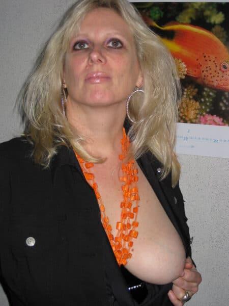 Femme mature coquine cherche son amant sur le 69