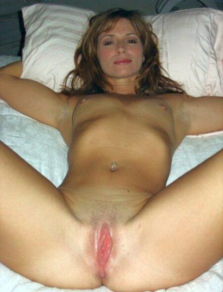 Plan sexe pour femme infidèle entre adultes décidés pour une femme perverse sur Parthenay