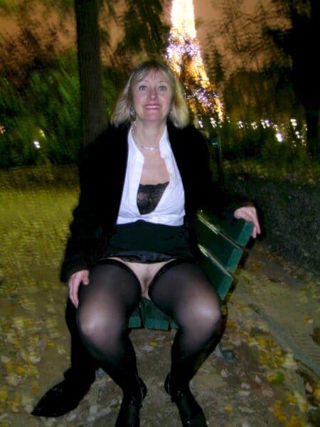 Très jolie femme coquine qui cherche un plan baise infidèle